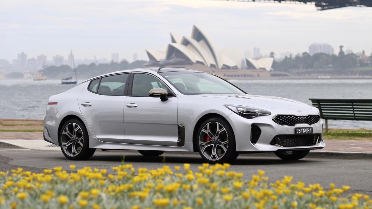 2019 Kia Stinger GT Silky Silver profile