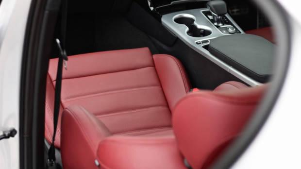 2019 Kia Stinger GT nappa leather seat