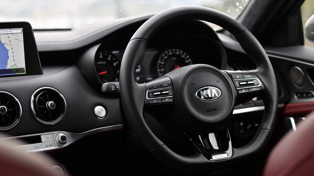 2019 Kia Stinger GT steering wheel