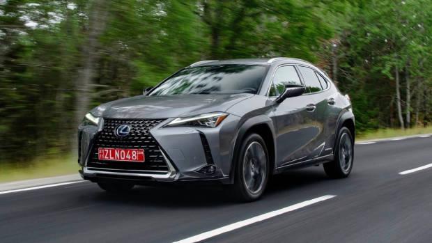 2019 Lexus UX grey front end