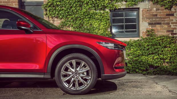 2019 Mazda CX-5 Akera Soul Red Crystal side detail