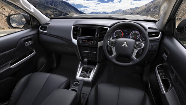 2019 Mitsubishi Triton dashboard