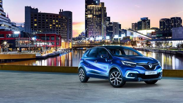 2019 Renault Captur S-Edition blue front