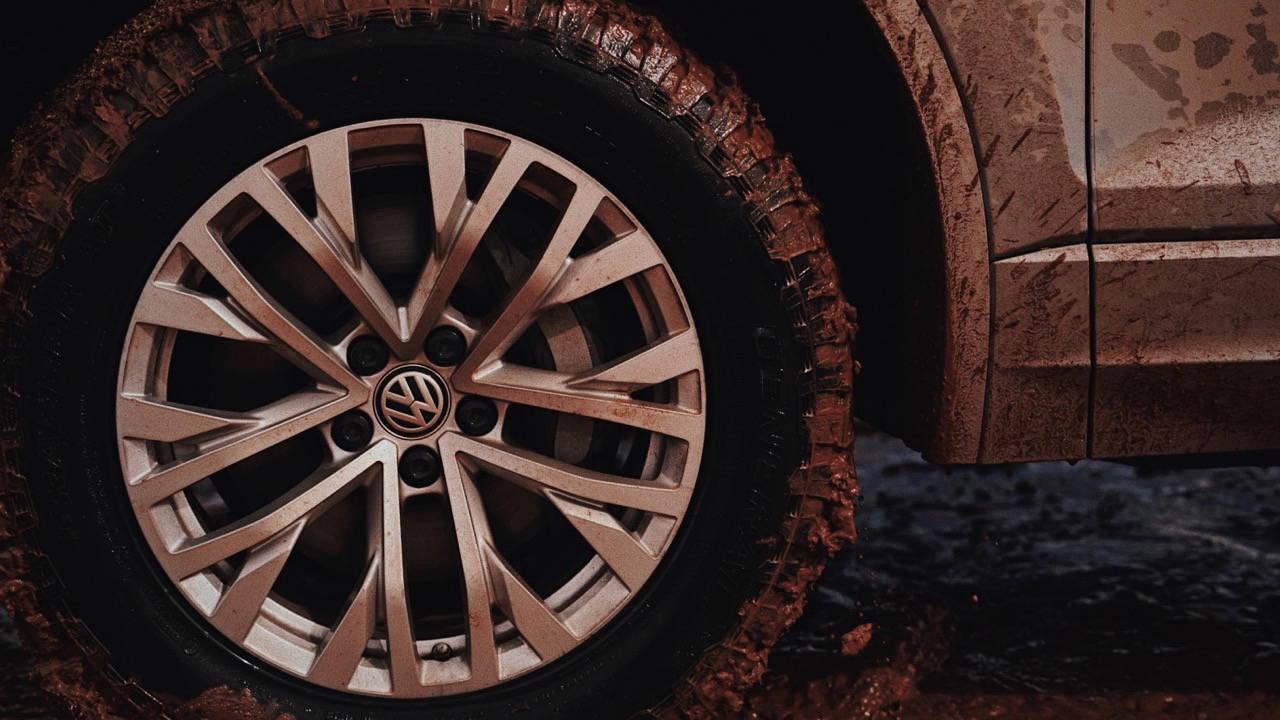 2019 Volkswagen Touareg R-Line 18 inch wheels