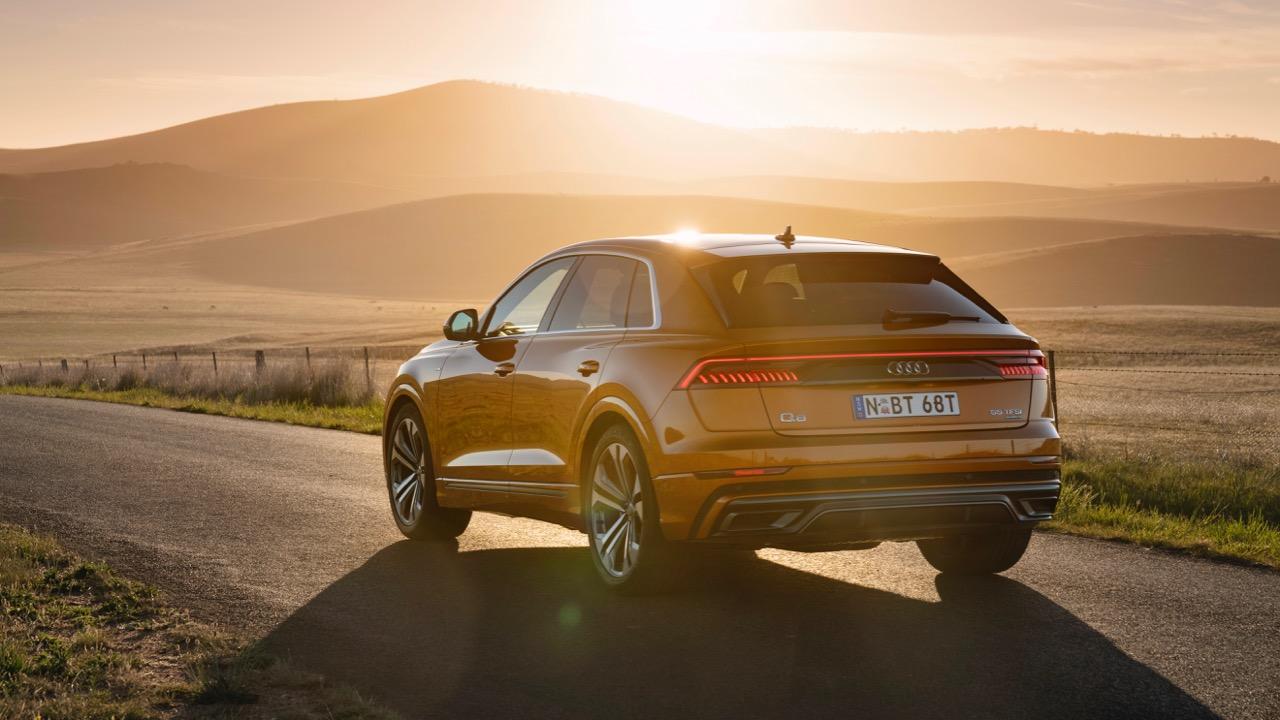 2019 Audi Q8 Dragon Orange rear end