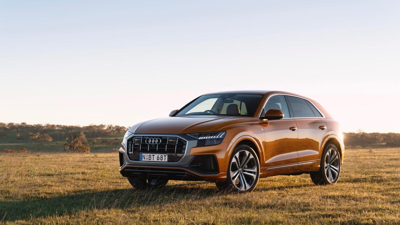 2019 Audi Q8 Dragon Orange side
