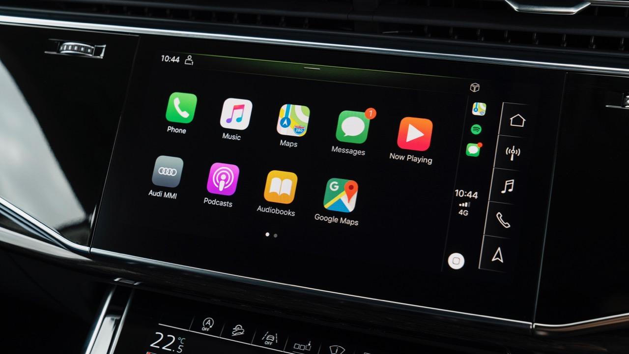 2019 Audi Q8 interior 10 inch touchscreen