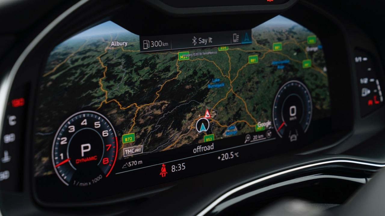 2019 Audi Q8 interior virtual cockpit