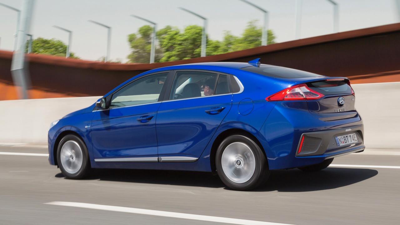 2019 Hyundai Ioniq electric profile