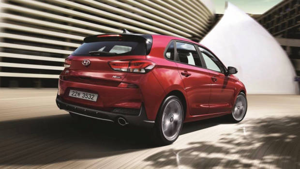 2019 Hyundai i30 rear 3/4