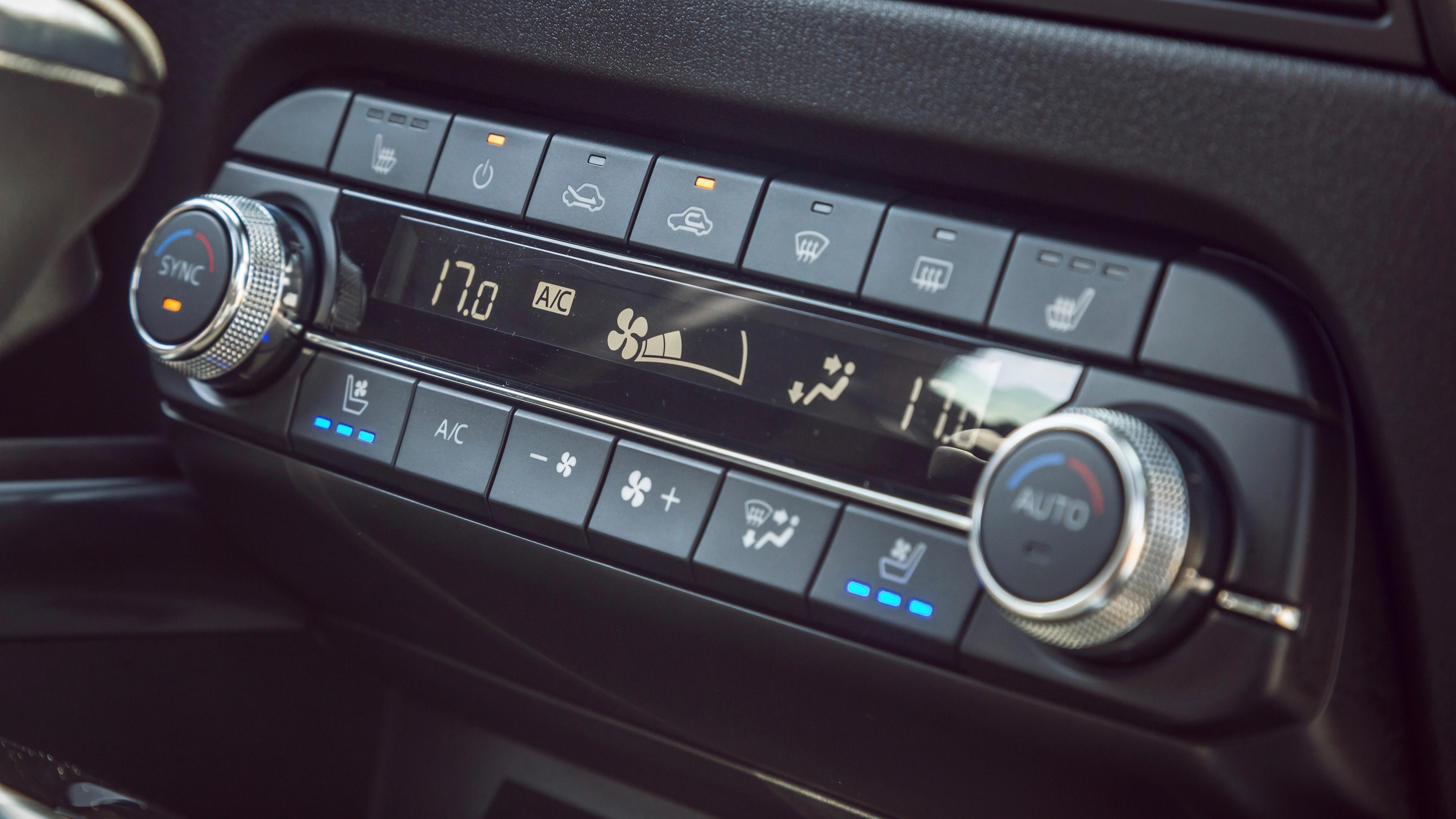 2019 Mazda CX-5 Akera HVAC