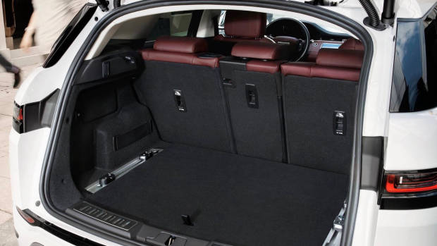 2019 Range Rover Evoque boot