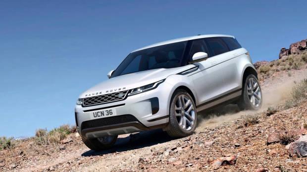 2019 Range Rover Evoque white front