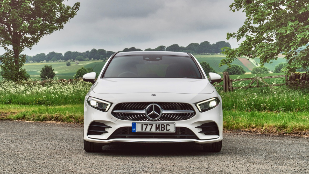 2019 Mercedes-Benz A200 White Front End