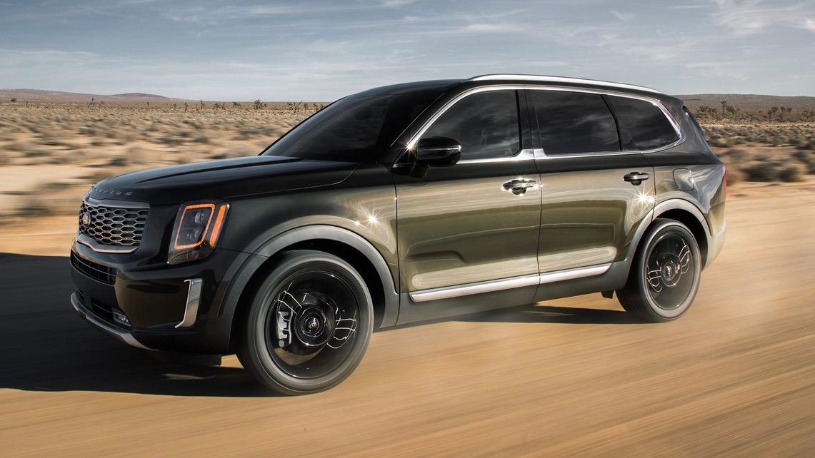 2020 Kia Telluride front 3/4 driving