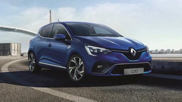 2020 Renault Clio RS Line blue front 3/4