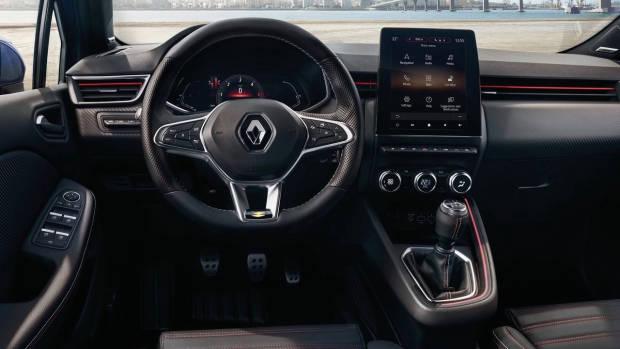 2020 Renault Clio dashboard
