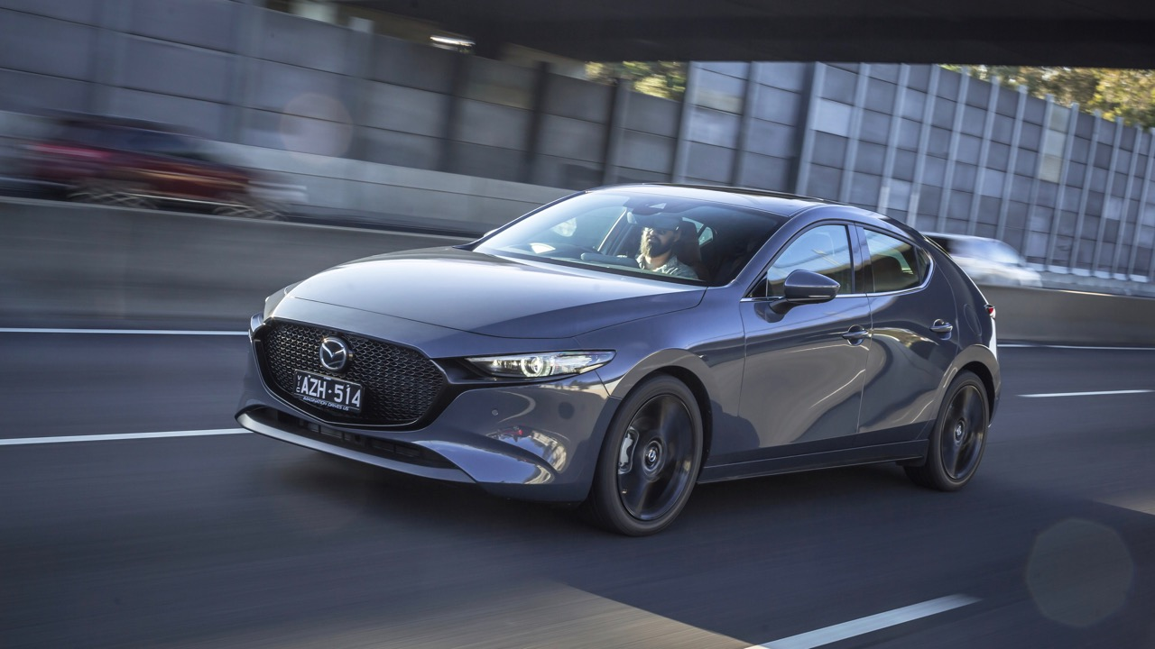 2019 Mazda 3 hatch polymetal grey front