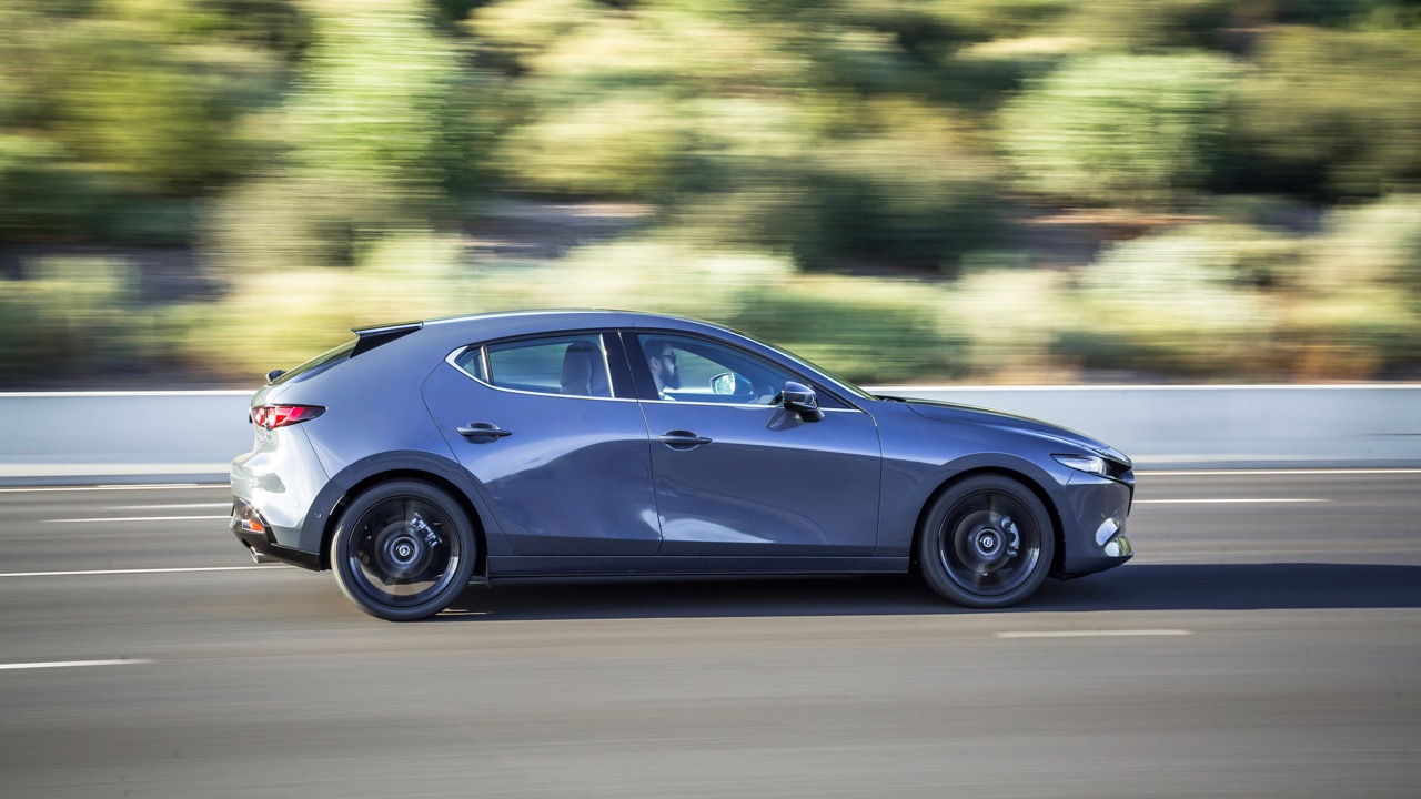 2019 Mazda 3 hatch polymetal grey profile