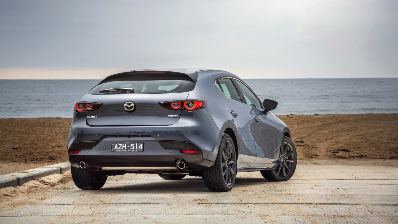 2019 Mazda 3 hatch polymetal grey rear