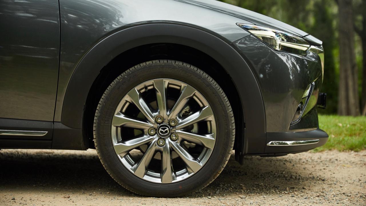2019 Mazda CX-3 Akari LE Machine Grey wheels