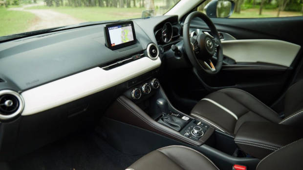 2019 Mazda CX-3 Akari LE dark russet leather