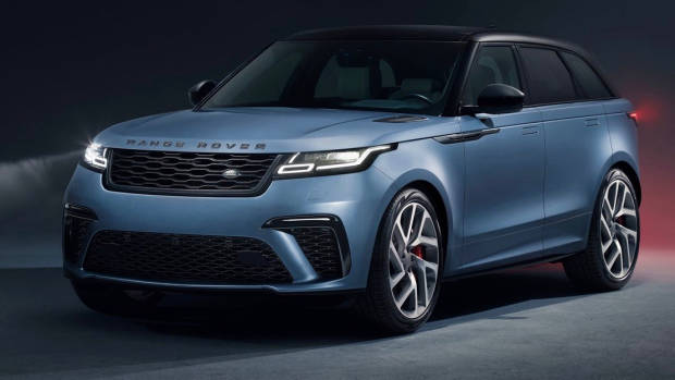 2019 Range Rover Velar SVAutobiography Dynamic Edition front 3/4 far