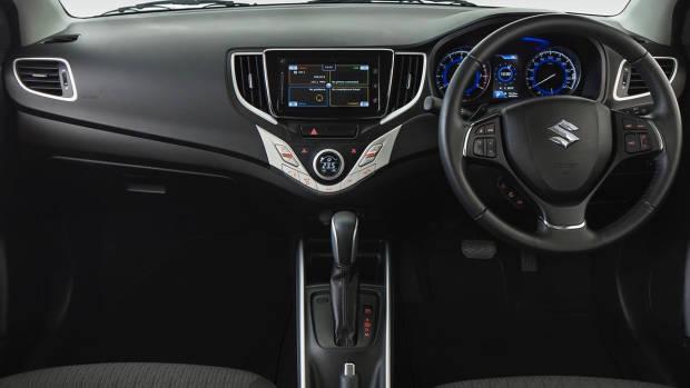 2019 Suzuki Baleno dashboard