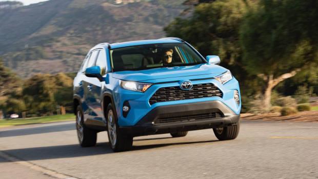 2019 Toyota RAV4 Edge blue front 3/4