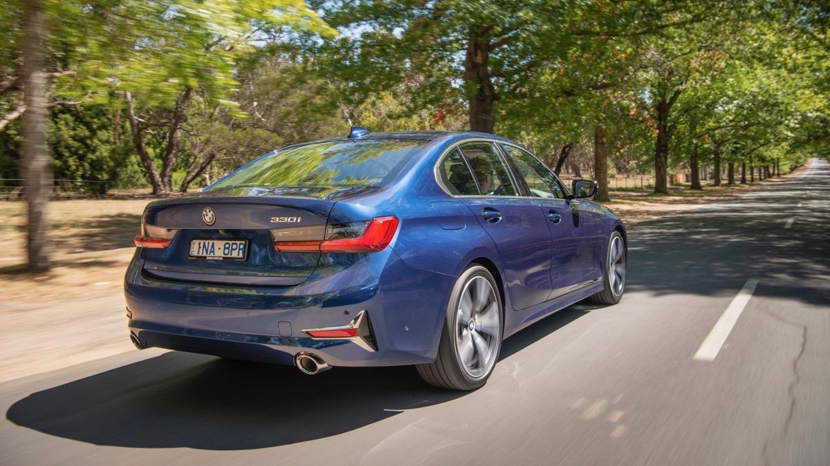 2019 BMW 330i M Sport blue rear