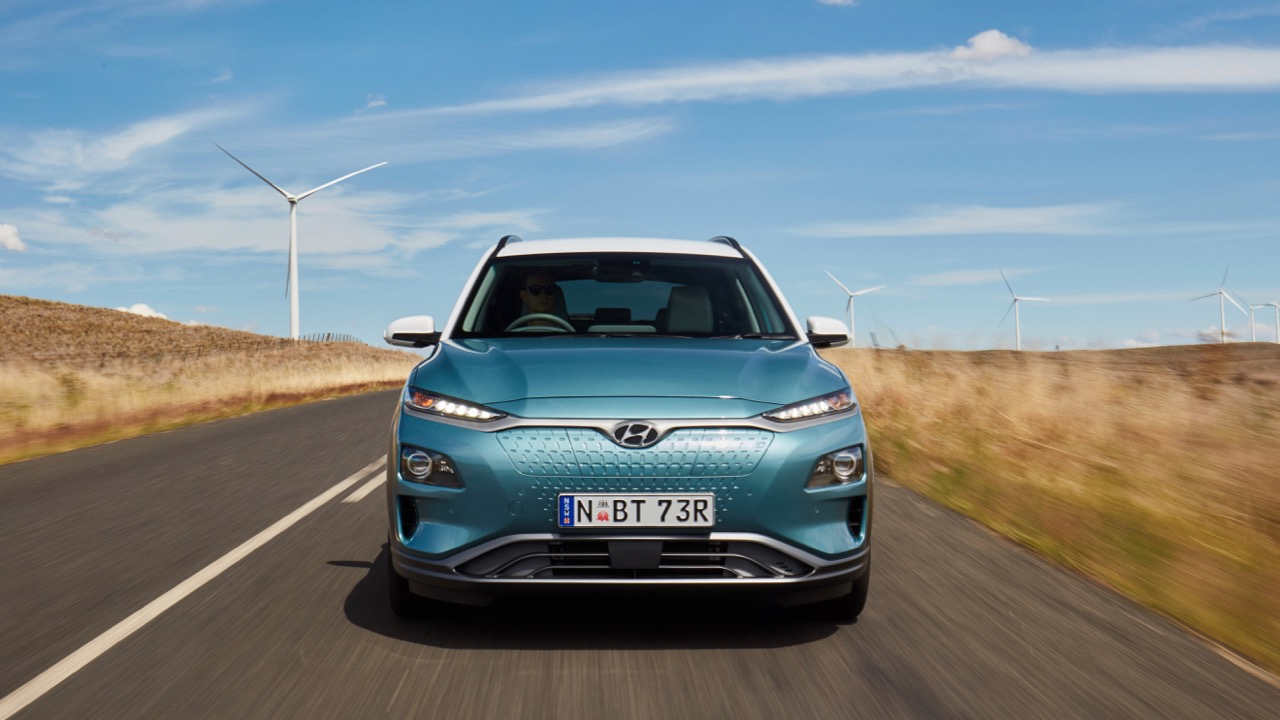 2019 Hyundai Kona Electric blue front