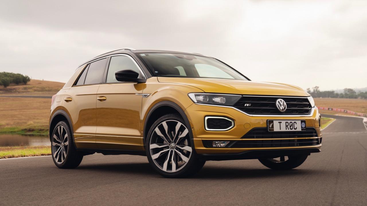 2020 Volkswagen T-Roc R-Line Yellow front end