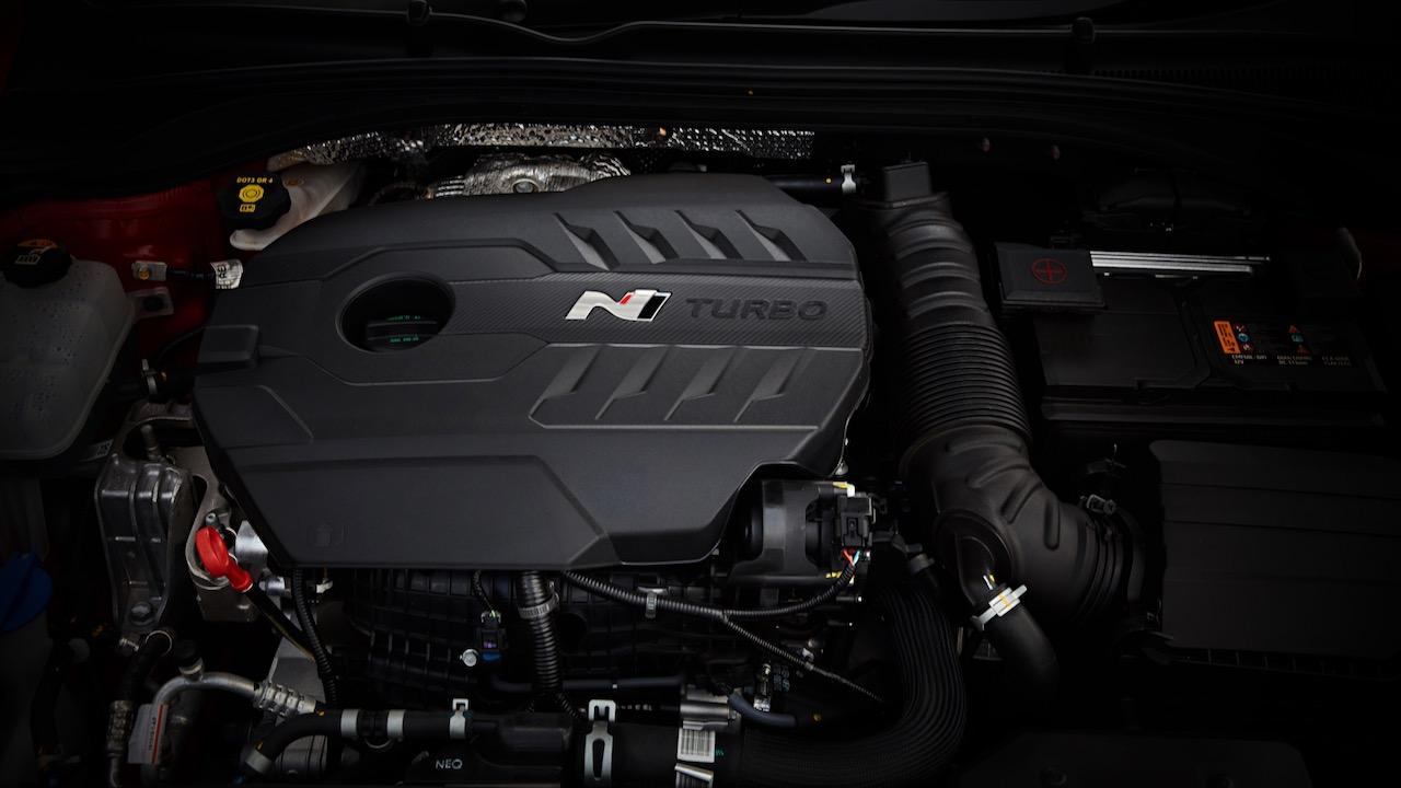 Hyundai i30 Fastback N 2019 202kW engine