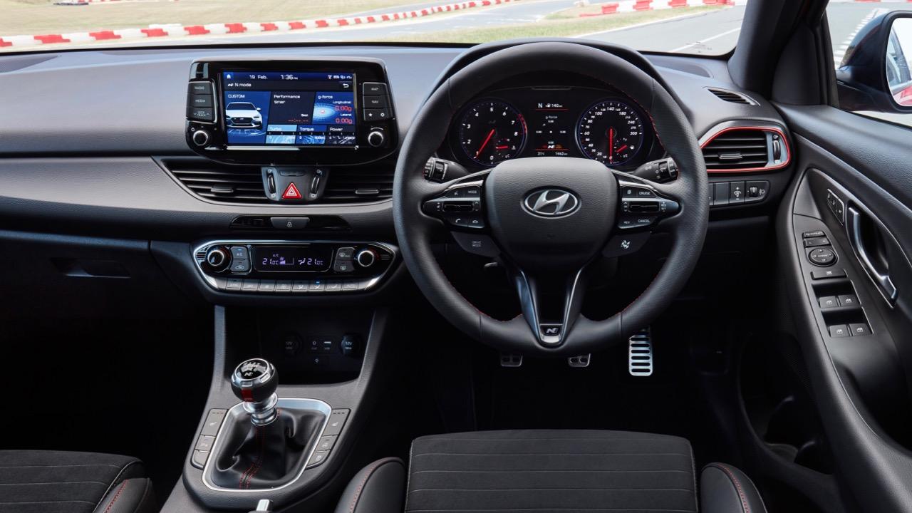 Hyundai i30 Fastback N 2019 black interior