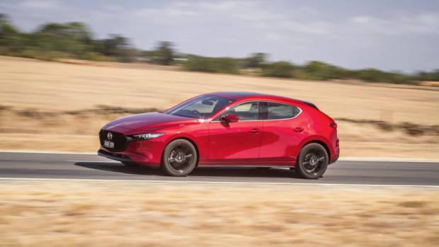 2019 Mazda 3 G25 Astina red side