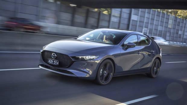 2019 Mazda 3 hatch Polymetal Grey front