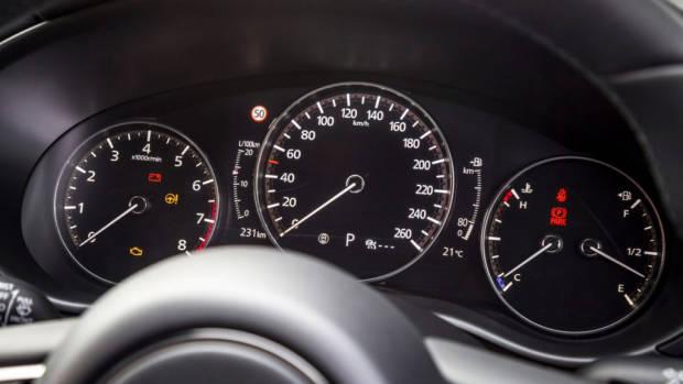 2019 Mazda 3 hatch dials