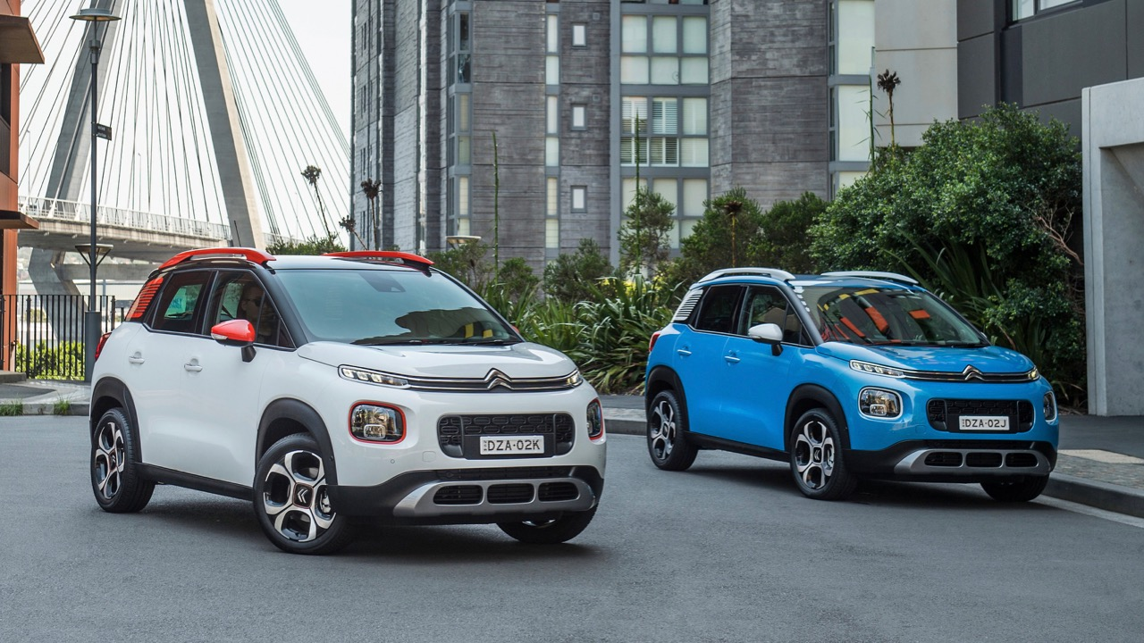 Citroen C3 Aircross 2019 blue and white
