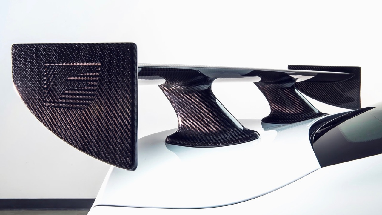 Lexus RC F Track Edition 2020 carbon wing