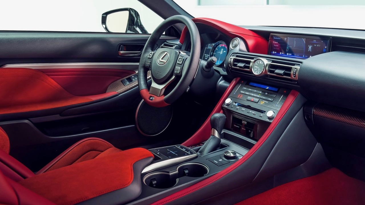 Lexus RC F Track Edition 2020 interior red
