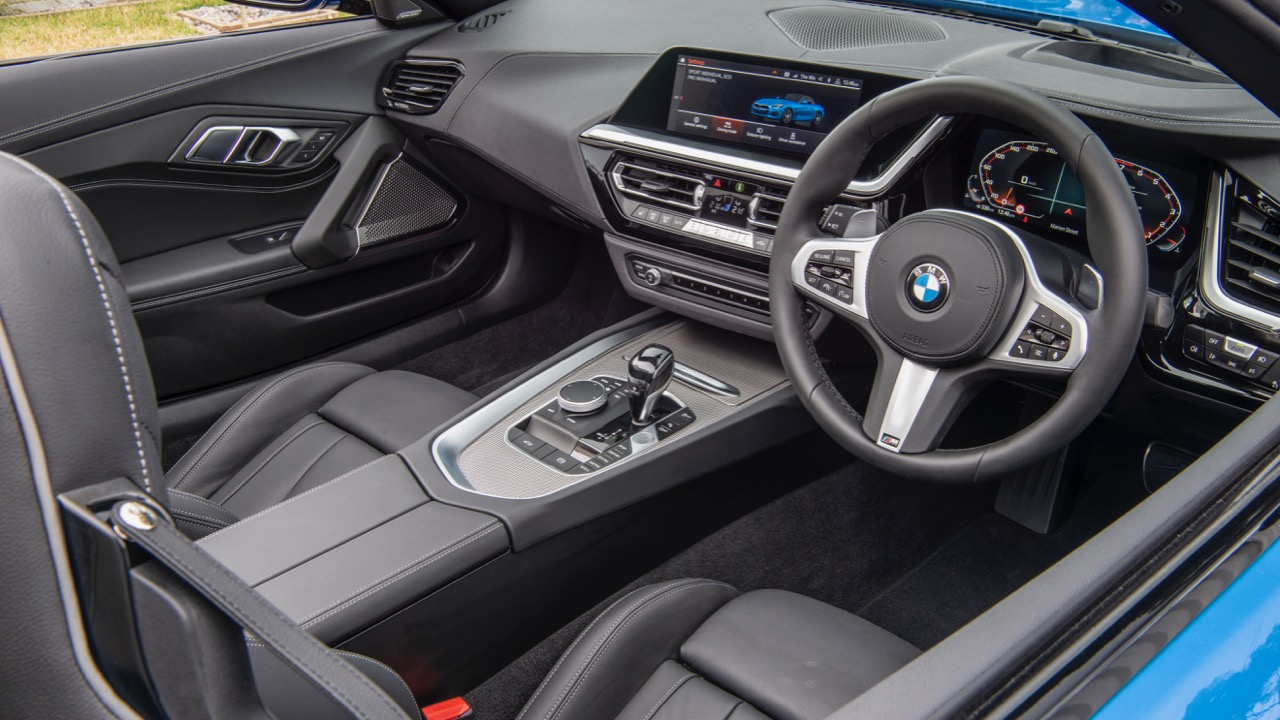 2019 BMW Z4 black interior
