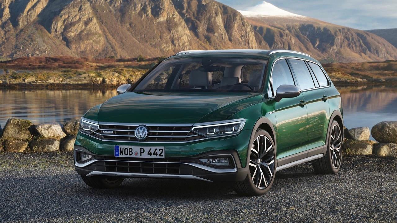 2019 Volkswagen Passat Alltrack facelift green