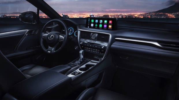 2020 Lexus RX interior touchscreen