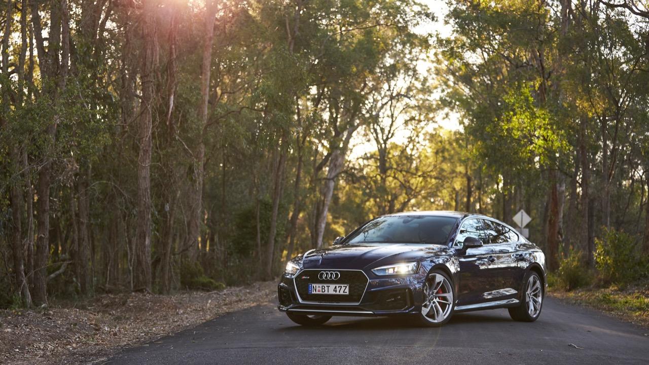 Audi RS5 Sportback 2019 Navarra Blue front