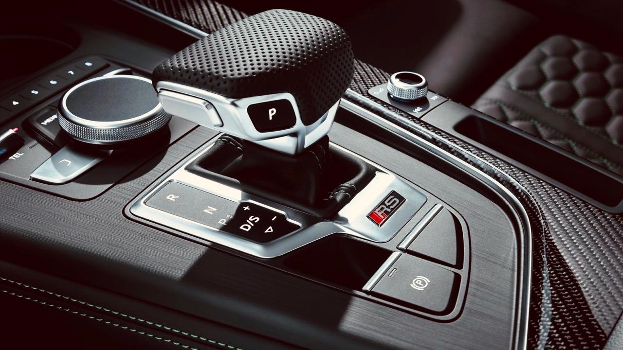 Audi RS5 Sportback 2019 gear shifter