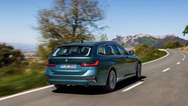 2019 BMW 330i Touring green Luxury