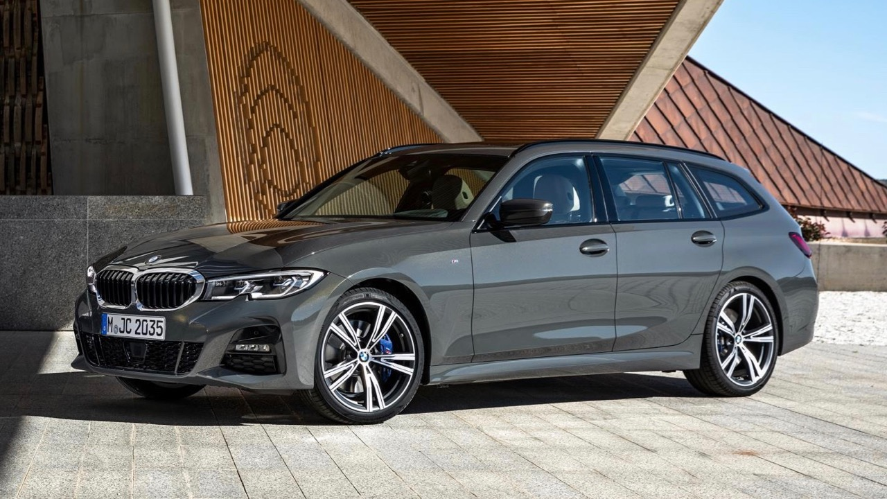 2019 BMW 330i Touring grey M Sport