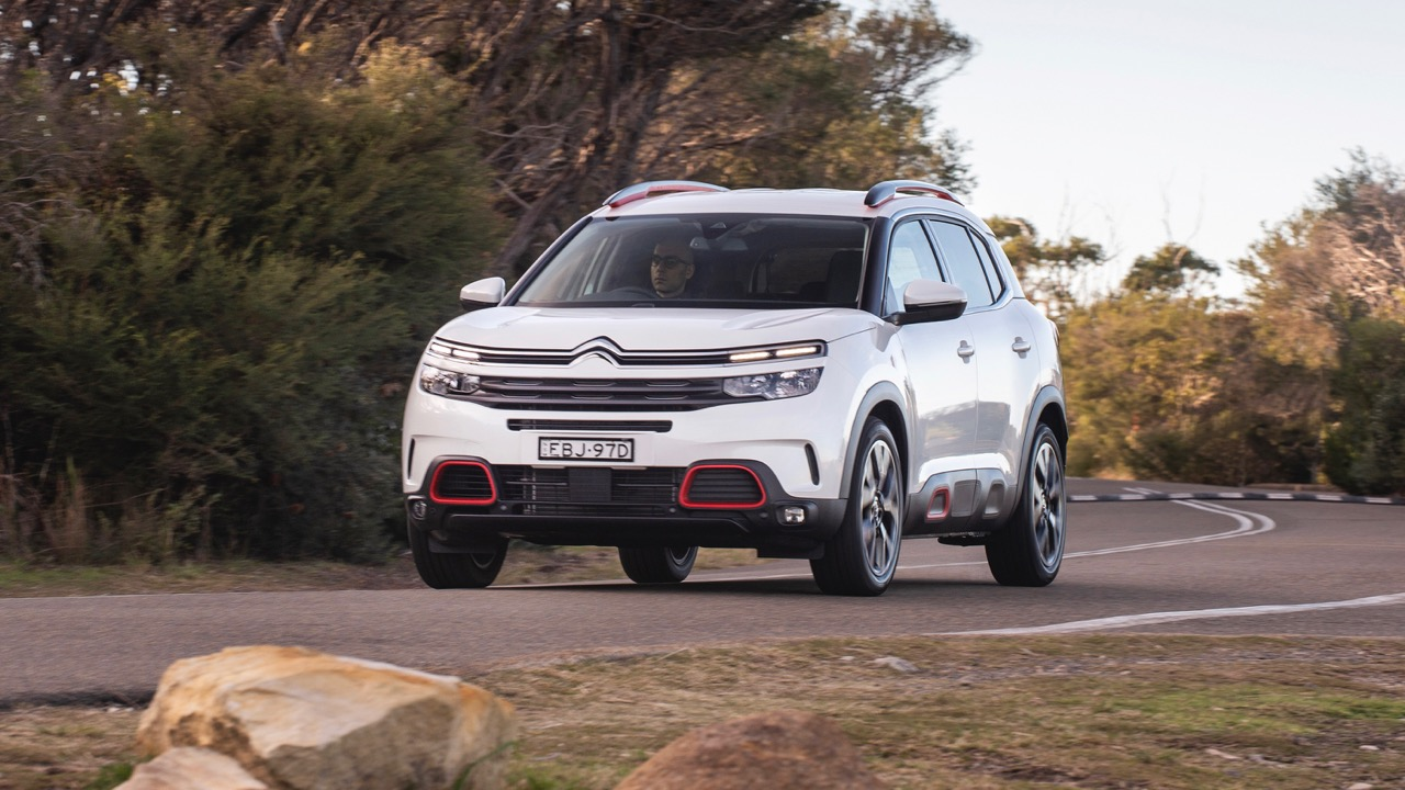 Citroen C5 Aircross review white front