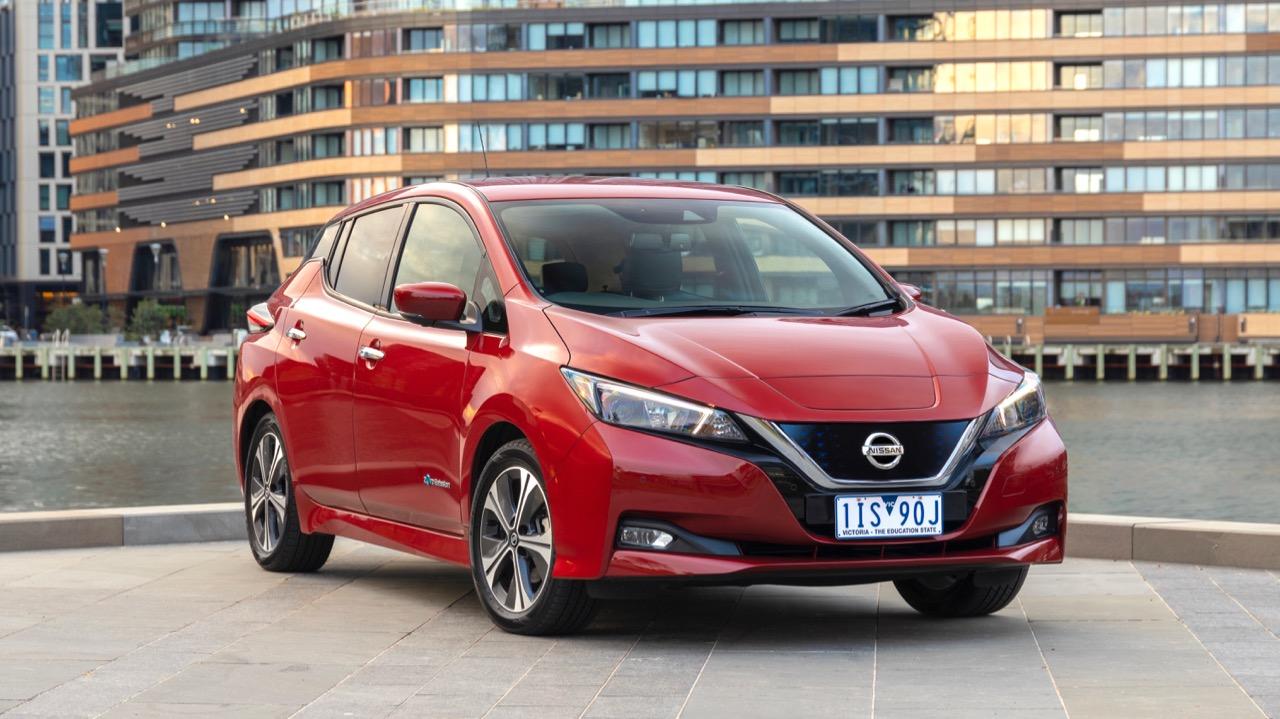 2019 Nissan Leaf front end