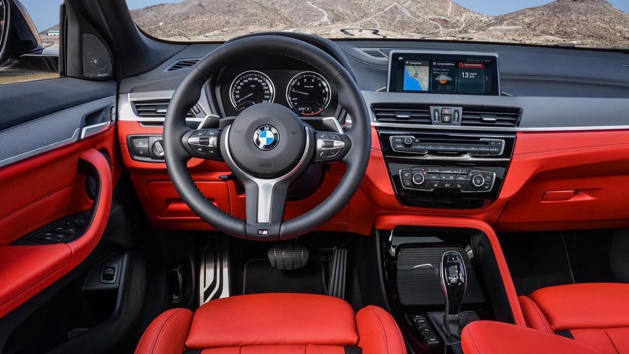 BMW X2 M35i 2019 red interior